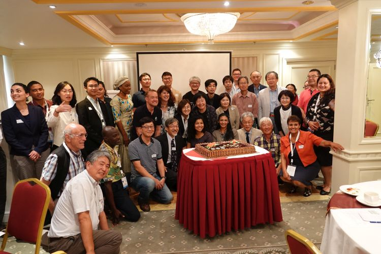 NGOの集合写真