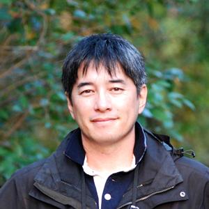 ゲスト講師秋山さんの顔写真