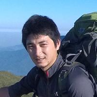 安藤さんの顔写真