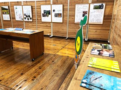 展示会の風景